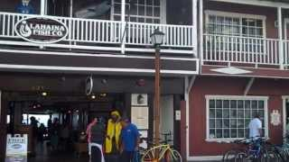 preview picture of video 'A Quick Tour of Front Street, Lahaina, Maui'