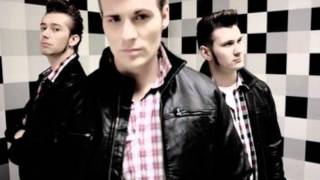 The Baseballs - Diamonds (Lyrics)