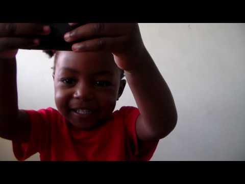 FUN WITH FAFI - Baby Fafi learns how to take a photo