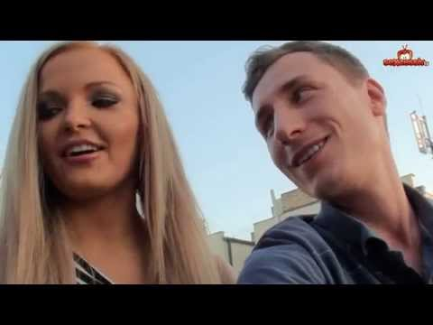 Venne da me e mi ha sedotto nel video di sesso