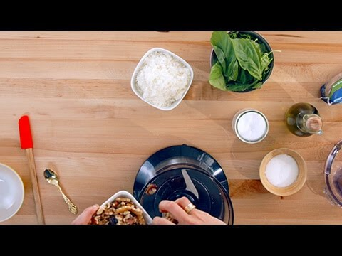 Pesto Walnut Halves and Pieces