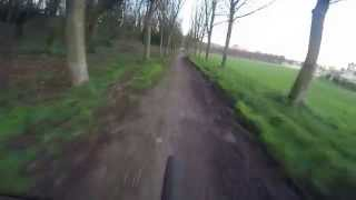 preview picture of video 'VTT / Descente complète (Sud) du parc de Saint-Cloud'