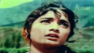 Is Tarah Toda Mera Dil Kya Mera Dil : Shehnai 1964 : Asha