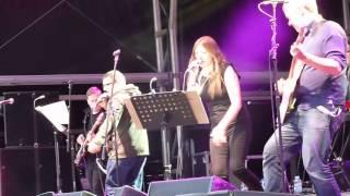 01. Paul Heaton & Jacqui Abbott - Just A Few Things That I Aint -  Castlefield 03.07.2015