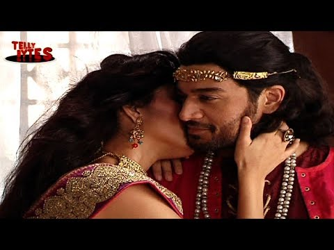 Virendra being Seduced in Chandrakanta
