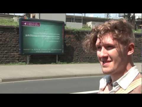 Die 'Muslime für Frieden' Plakat-Aktion in Koblenz