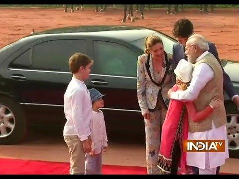 PM Modi receives Canadian PM Justin Trudeau and his family at Rashtrapati Bhavan