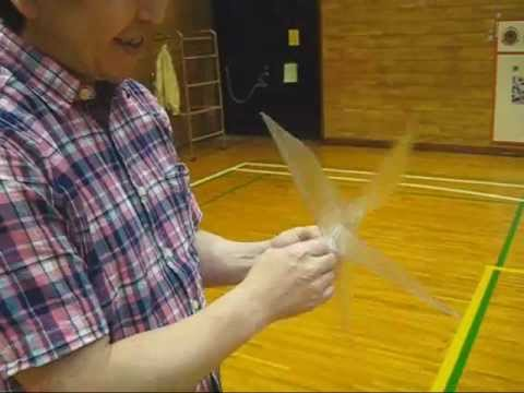 Amazing flight of a rubber band powered tail-less ornithopter