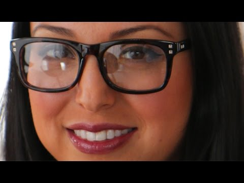 How To: Wear Makeup with Glasses