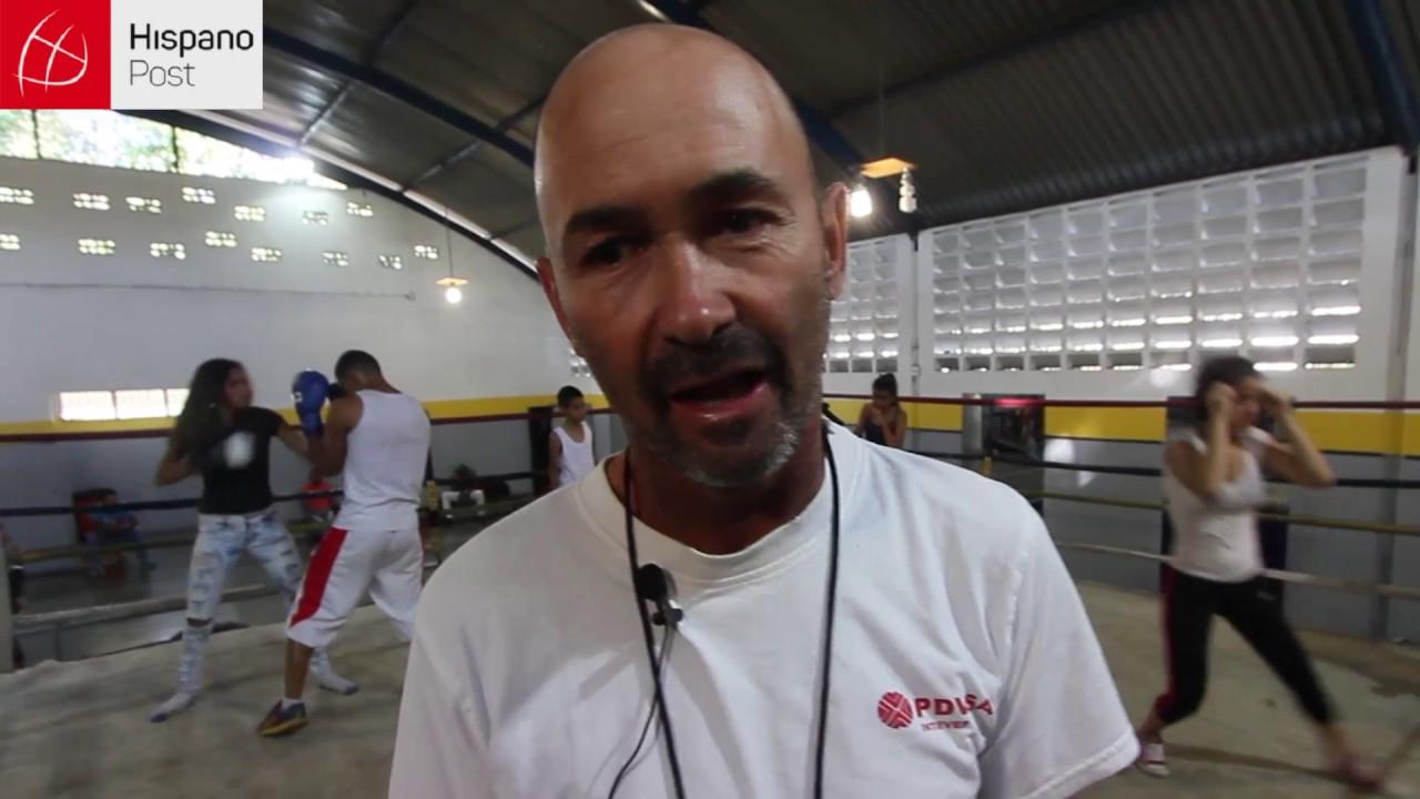 El excampeón mundial de boxeo que enseña valores en un barrio popular