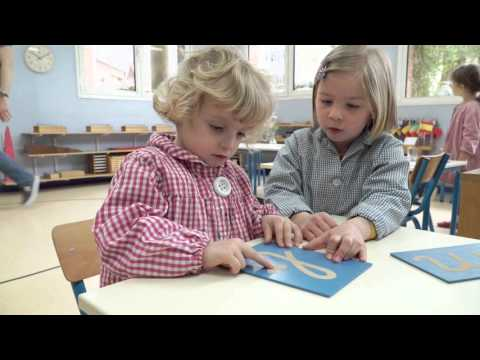 Le ma tre est l enfant montessori per pigri - Porta libri montessori ...