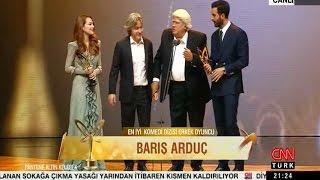 Altın Kelebek- Elçin Sangu Barış Arduç Ödül Alırken(13Kasım2016)