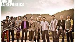 Somos Pacífico (Choquibtown Ft. Banda la República)