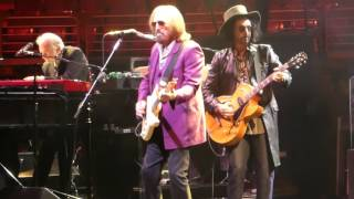 """Rockin Around (With You)"" Tom Petty@Wells Fargo Center Philadelphia 7/1/17"