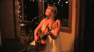 Sarah Goodin @ The Honeymoon song 19