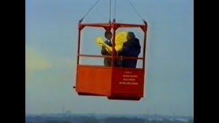 Plaatsing torenhaan en braderie Petruskerk 1993