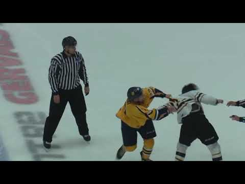 Mikael Robidoux vs. Anthony Poulin