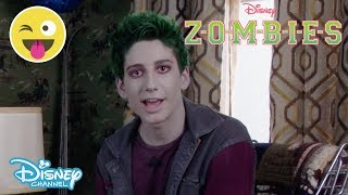 Z O M B I E S | MOVIE SNEAK PEEK 🎥 | Official Disney Channel UK