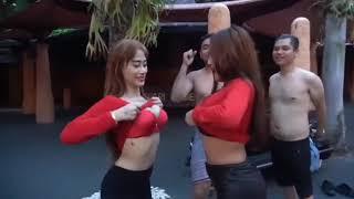 Adu Susu Duo Serigala