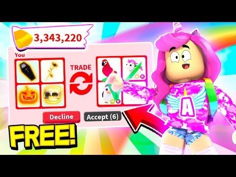 I ONLY Traded RARE HALLOWEEN ITEMS In NEW Adopt Me HALLOWEEN UPDATE! (Roblox)