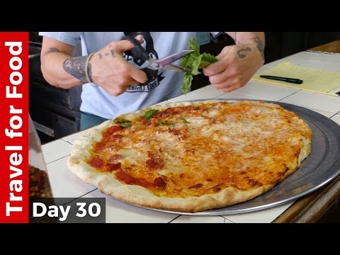 Video Best Pizza in New York City - $31 For A Pizza in NYC!