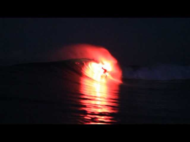 Flaring Up - Surfing with a Flare - Red Bull Minor Threat