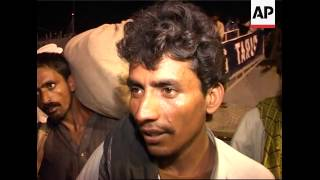 Pakistan Navy rescues hundreds of people marooned by floods