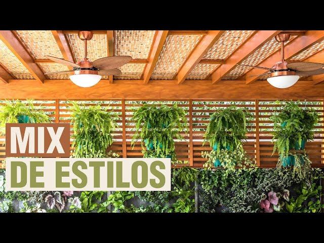 Pergolado de Madeira com Forro de Bambu - Espaço Gourmet - COBRIRE