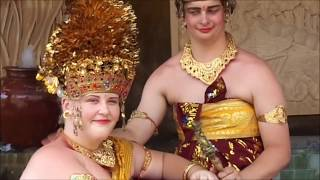 Bali Local Expert, Traditional Balinese Costumes Photo Experience