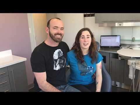 Testimonio de extracción de dientes de arriba y dentadura inmediata! | Top Dental