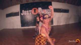 DANCEHALL RAGGA JAM  Cecile-Up on the Dancefloor by YULIAKA