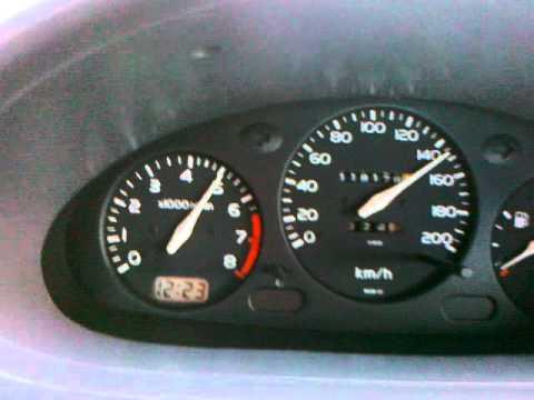 Vom Benzin das Motorrad minsk zurechtzumachen