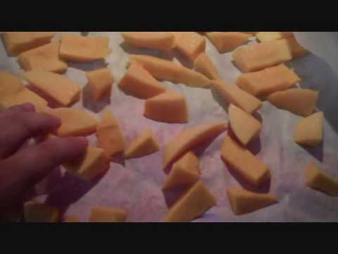 Video Easy Finger Food for a 7/8 Month Old