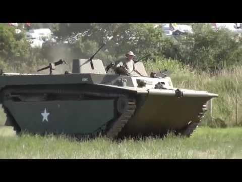 """Maquette AFV CLUB - Véhicule de débarquement amphibie US LVT-4 """"""""Buffalo"""""""" 1/35"""