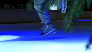 preview picture of video 'UNITEDS - Reportage Saint-Quentin.Tv - 17.01.2013 - ( Patinage Freestyle )'