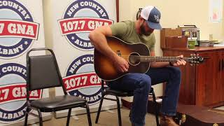 Riley Green Performs Emotional 'Numbers On The Cars'