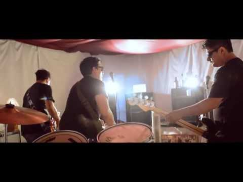 Devilsticks -Transparente (video oficial)