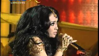 Gambar cover MNCTV Dangdut Awards (11/12) - Zaskia Gotik-Ayu Ting Ting Medley