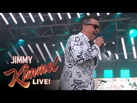 The Mighty Mighty Bosstones Perform