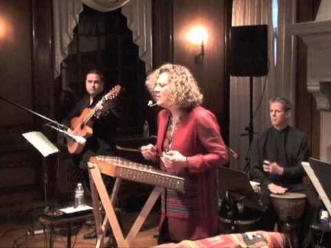 Roya World Fusion Ensemble 'live'! نمونه اجرای زنده گروه تلفیقی رویا بهرامی
