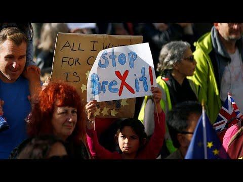 M. Βρετανία: Διαδηλώσεις για νέο δημοψήφισμα