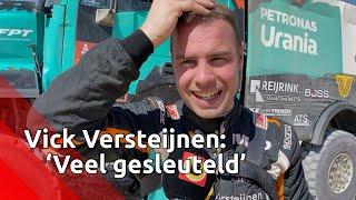 Vick Versteijnen bij finish Dakar Rally: 'Meer gesleuteld dan gehoopt'