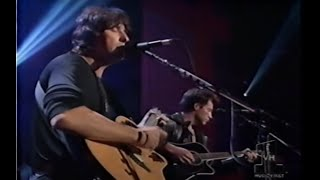 Jon Bon Jovi  Richie Sambora - Bridge Over Troubled Water