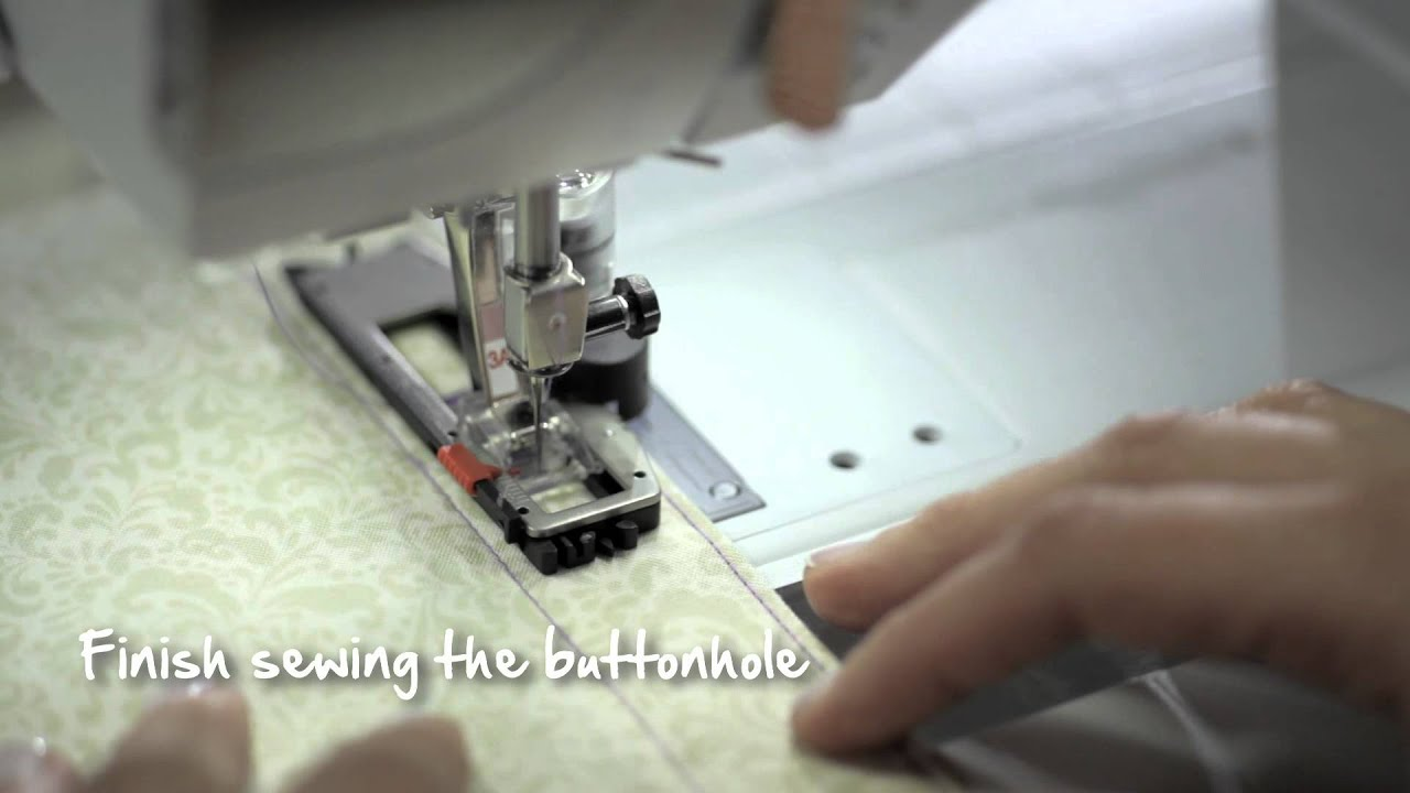 4/10 BERNINA 530 and 550 QE: how to sew a buttonhole