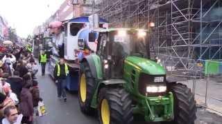 preview picture of video 'Veilchendienstagszug Mönchengladbach 17.02.2015 Teil 4/8 (Hindenburgstraße vorm Minto)'