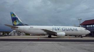 preview picture of video 'N238AG / Fly Guam @ Palau, Koror Airport'