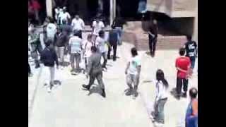 preview picture of video 'pelea en plena votaciones salta capital barrio limache'