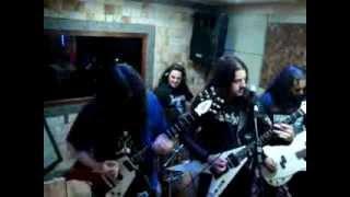 Em Ruínas - Crionics (Slayer) - R.I.P Jeff Hanneman