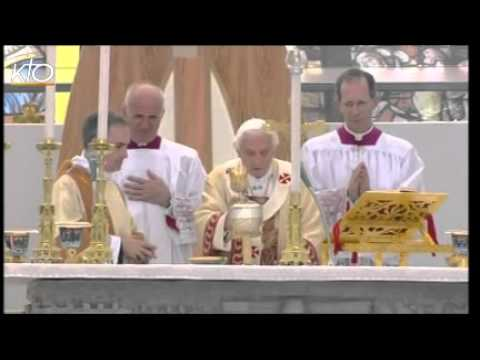 Messe avec les familles à Milan suivie de l'Angélus