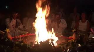 Agni Hotra - ohňová ceremonie na Bali
